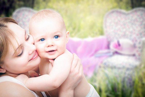 USG przezciemiączkowe u dziecka