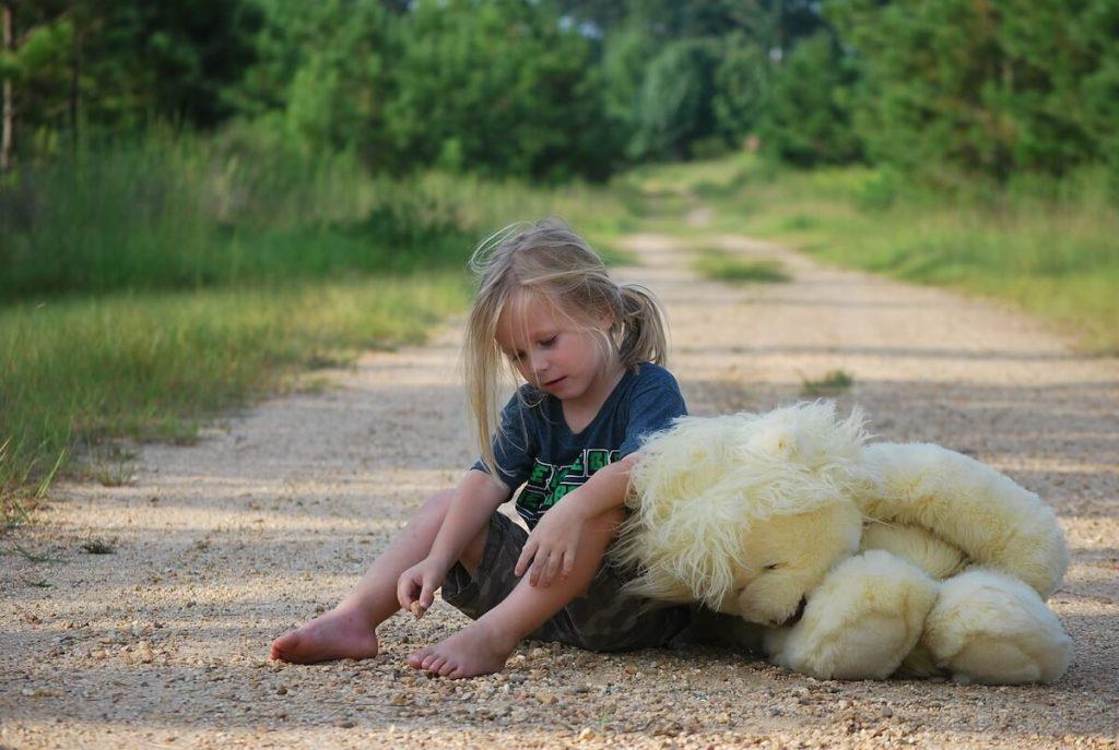 pękniecie błony bębenkowej u dziecka